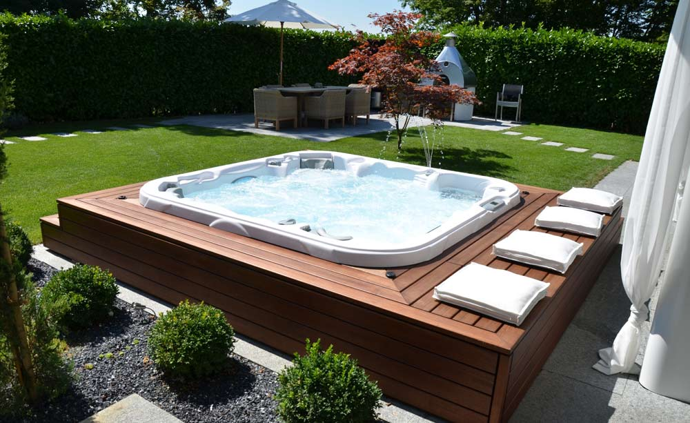 jacousie exterieur jacuzzi terrasse exterieur spa jacuzziarj lxl jacuzzi exterieur pour. Black Bedroom Furniture Sets. Home Design Ideas