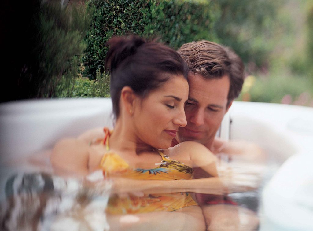 Spa Jacuzzi 2 3 Places Couple Annecy